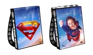 SUPERGIRL-2016-Comic-Con-Bag_57883ece8f2400.35642894 2