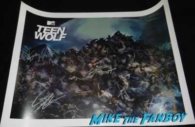 Teen Wolf sdcc comic con poster signed autograph tyler posey holland rodan