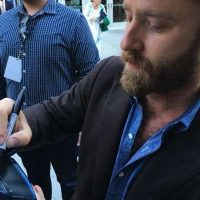 ben foster signing autographs Hell or High Water Premiere ben foster signing autographs for fans meeting fans 5