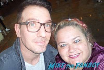 JC Chasez meeting fans selfie