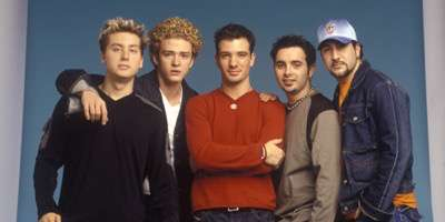 LOS ANGELES, CA - OCTOBER 27:  Lance Bass, Justin Timberlake, JC Chasez, Chris Kirkpatrick and Joey Fatone of Nsync pose for a photoshoot circa 1999 in New York City.