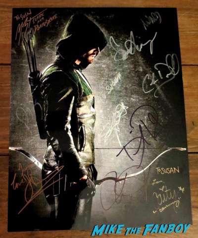 Arrow Cast signed poster Caity Lotz PSA
