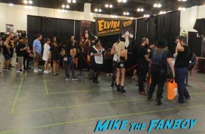elvira mistress of the dark ScareLA 2016 horror costumes 7