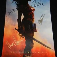Wonder Woman signed autograph movie poster 2017 comic con chris pine gal gadot