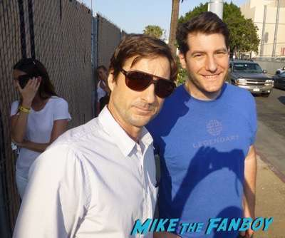 luke wilson  meeting fans signing autographs 10