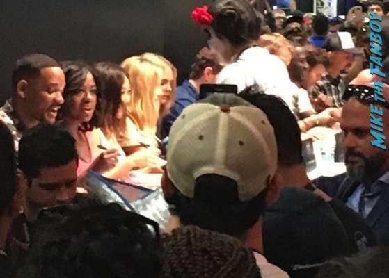 suicide squad cast autograph signing comic con 2016 SDCC 3