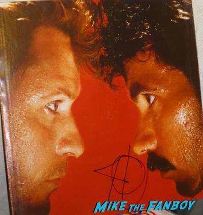 Daryl Hall & John Oates signed autograph lp psa