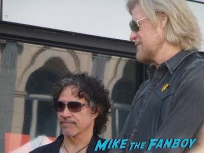 Daryl Hall & John Oates walk of fame star ceremony signing autographs PSA   2
