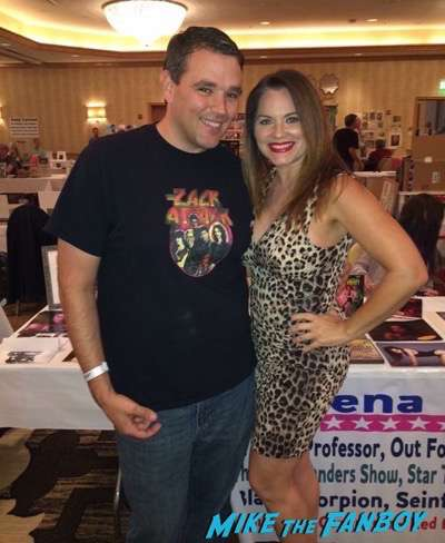 Athena Massey meeting fans hollywood-show-chicago-threes-company-reunion-4