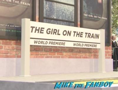 the-girl-on-the-train-uk-world-premiere-emily-blunt-meeting-fans-luke-evans-1