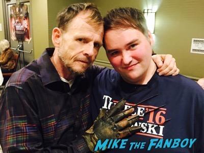 Mark Patton fan photo selfie crypticon-minneapolis-2016-william-katt-fan-photo-2016-4