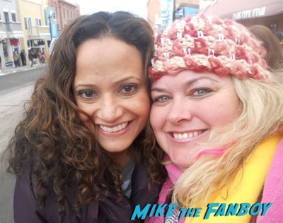 judy reyes fan photo selfie meeting fans