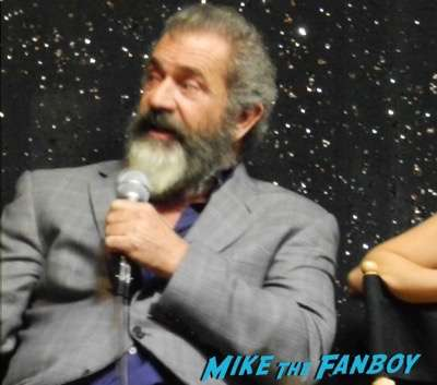 Fanboy Fail Friday! Getting The Big Diss From Mel Gibson and The Hacksaw Ridge Cast!Fanboy Fail Friday! Getting The Big Diss From Mel Gibson and The Hacksaw Ridge Cast!