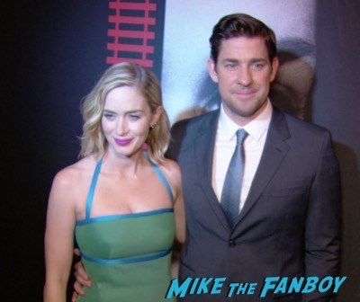 the-girl-on-the-train-new-york-premiere-red-carpet-emily-blunt-2