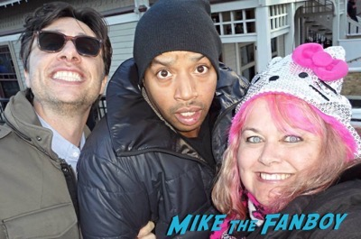 zach-braff and-donald faison fan photo meeting fans