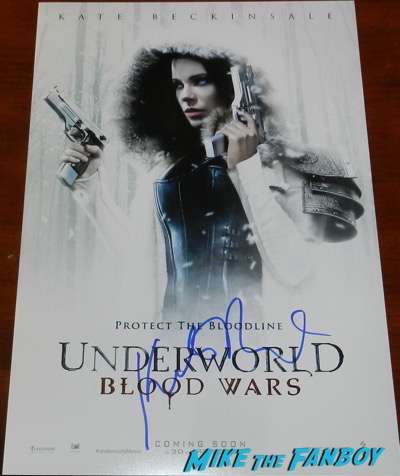 Kate Beckinsale signed autograph underworld Blood Wars poster psa