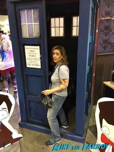 stan-lees-los-angeles-comic-con-convention-floor-cosplay-1