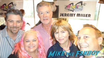 alan-thicke-meeting-fans-selfie-rip-memorial-1