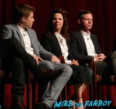 american-crime-fyc-felicity-huffman-lili-taylor-meeting-fans-3