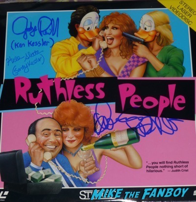 Danny Devito signed autograph ruthless people laser disc psa