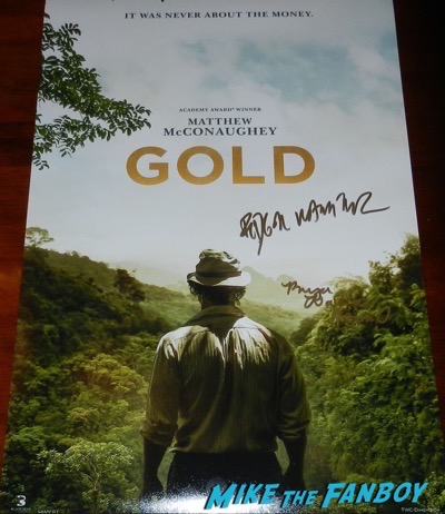 Gold poster signed autograph bryce dallas howard edgar ramirez