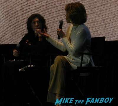 Grace and Frankie cast disses fans lily tomlin jane fonda 2Grace and Frankie cast disses fans lily tomlin jane fonda 2