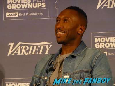 Mahershala Ali meeting fans signign autographs hot sexy rare 1