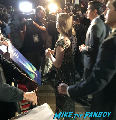 Palm springs film festival gala 2017 amy adams signing autographs