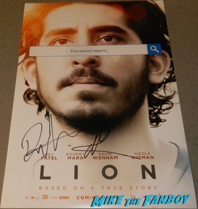 Lion poster signed autograph nicole kidman dev patel psa