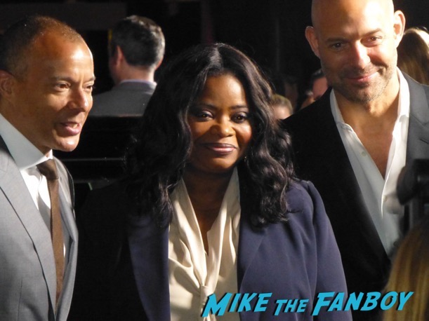Hidden Figures cast signing meeting fans octavia spencer