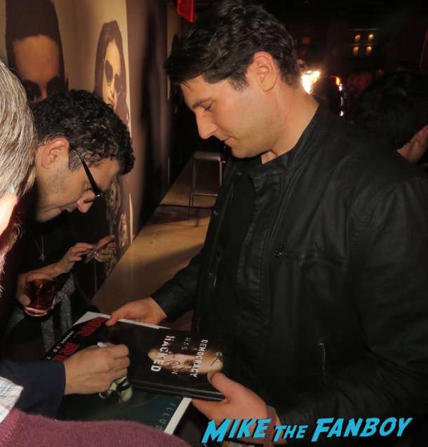 sam esmail meeting fans signing autographs Mr. Robot q and a