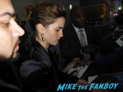 Emma Watson signing autographs jimmy kimmel live 2017 1