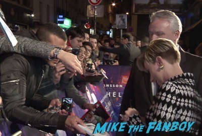 Scarlett Johansson signing autographs Ghost in the Shell Paris Premiere Scarlett Johansson signing autographs 19