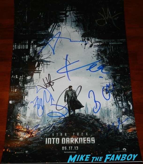 Star Trek Into Darkness poster signed autograph chris pine zachary quinto anton yelchin jon cho psa