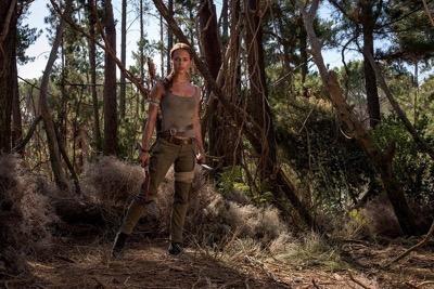 Alicia Vikander as Laura Croft tomb raider reboot first look