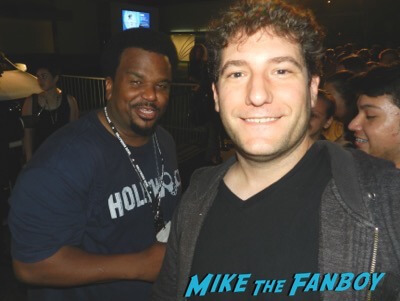 Craig Robinson signing autographs meeting fans rare
