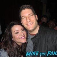 Katy Mixon meeting fans American Housewife FYC