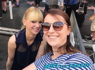 Chris Pratt walk of fame star ceremony meeting fans signing autographs anna faris