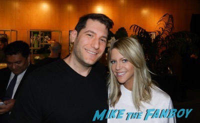 Kaitlin Olson meeting fans the mick the contenders event fyc 2017