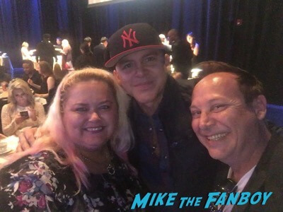 Gerardo fan photo meeting fans selfie now 2017 rico suave singer 1 copy
