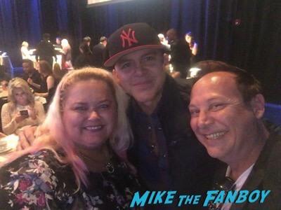 Gerardo fan photo meeting fans selfie now 2017 rico suave singer 1 copy
