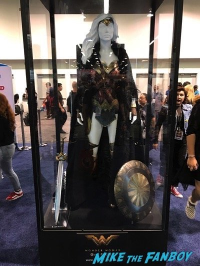 Wonder Woman Costume Wondercon 2017