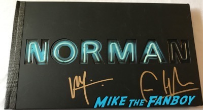 Bates Motel season 2 presskit signed by freddie highmore vera farmiga autograph psa
