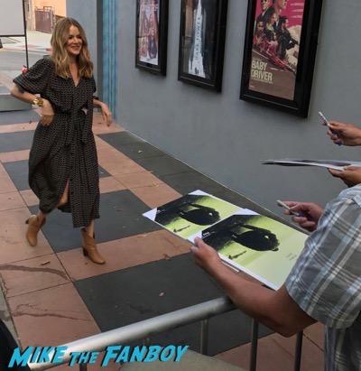 Jacinda Barrett Bloodline season 3 premiere kyle chandler signing autographs 18