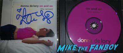 Donna De Lory Signed signature autograph