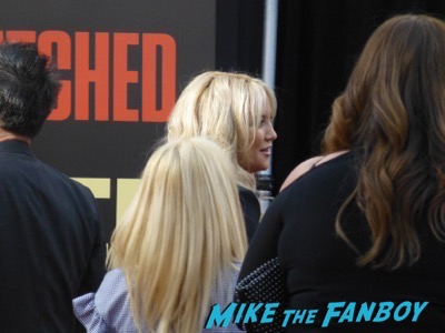 Snatched Movie Premiere Kate Hudson Goldie Hawn signing autographs 13