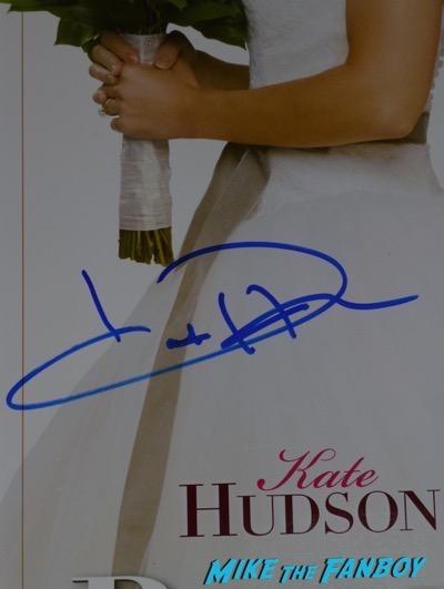 Kate hudson signed autograph bride wars posterKate hudson signed autograph bride wars poster