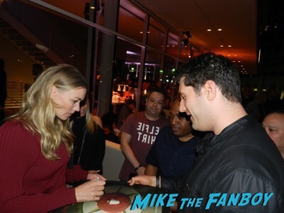 Yvonne Strahovski  meeting fans The Handmaid's Tale FYC q and a meeting elisabeth moss alexis bledel 33