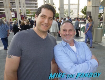 Andy Milder Fan Photo Meeting Fans weeds star signing autographs 3