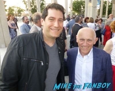 Armin Shimerman Fan Photo Meeting Fans weeds star signing autographs 4